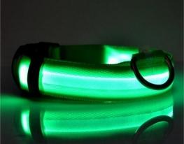 Светящийся ошейник на батарейках фото