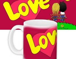 Кружка с принтом Love is... красная фото