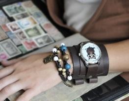Наручные часы с браслетами Сова из Кофе фото