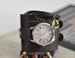 Наручные часы с браслетами Винтаж фото