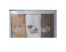 Подарочный набор махровых полотенец для кухни фото