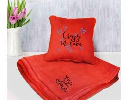 Набор подушка и плед с вышивкой Crazy in love! Оранжевый фото