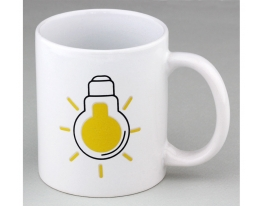 Чашка хамелеон Лампочка белая 350 мл фото