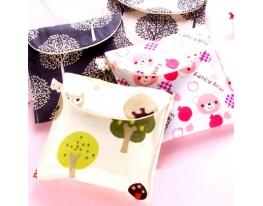Органайзер - конверт для мелочей, гигиенических и косметических средств фото