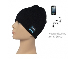 Зимняя шапка со Bluetooth-гарнитурой фото