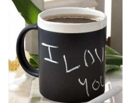 Чашка с мелками фото
