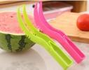 Нож для чистки и резки арбуза пластиковый фото
