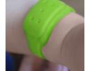 Силиконовый браслет от комаров MINI салатовый фото 2