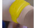 Силиконовый браслет от комаров MINI желтый фото 2
