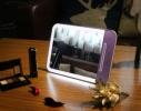 Зеркальце с LED подсветкой с зарядкой от USB фото 3