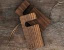 Деревянная подставка для смартфона UNO фото 2