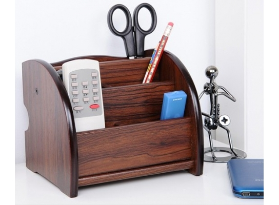 Деревянная подставка-органайзер фото