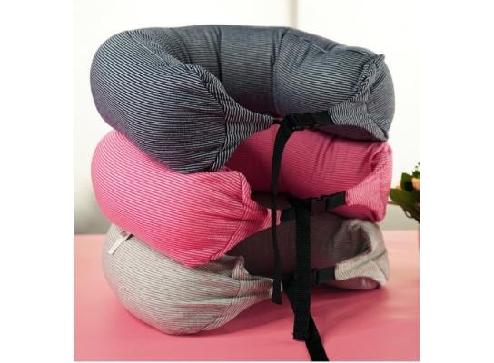 Подушка - подголовник дорожная для сна и отдыха фото