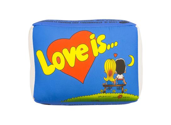 Подушка Love is голубая фото 1