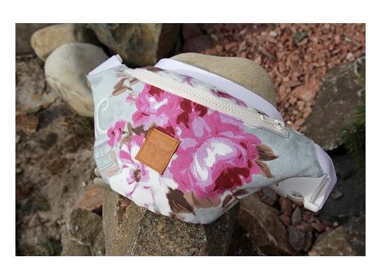Сумка бананка Розовый цветок фото