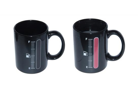 Чашка хамелеон черная Заправка 280 мл. фото