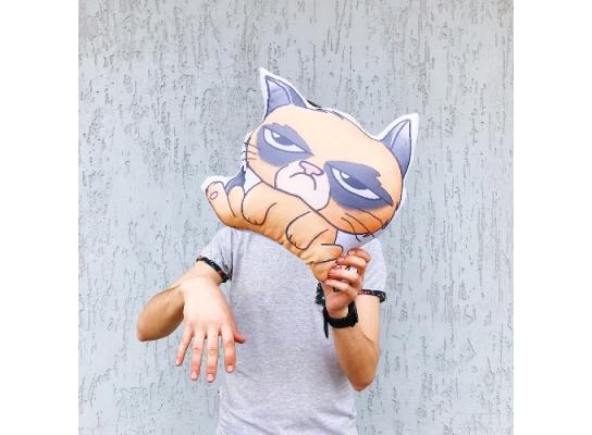 Подушка Угрюмый кот фото
