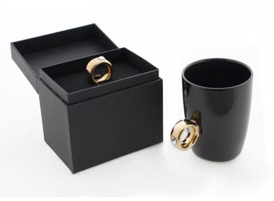 Чашка черная Золотое кольцо с бриллиантом 250 мл фото