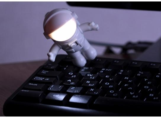 Светильник-ночник Космонавт